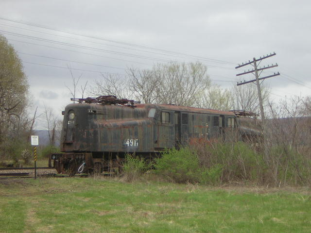 Abandoned railroad car near Oneonta, New York (GG 1 ...