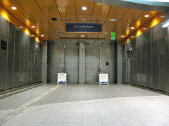 Light rail station beacon hill blog for Door 00 seatac airport