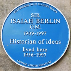 Photo of Isaiah Berlin blue plaque