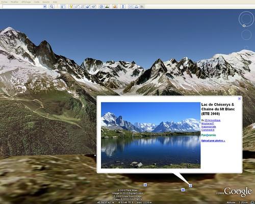 France: Chamonix lac des Chéserys et chaîne Mont Blanc