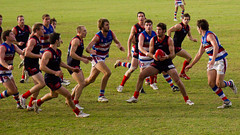 sprint(0.0), athletics(0.0), tackle(0.0), football(0.0), rugby sevens(0.0), physical exercise(0.0), australian rules football(1.0), sports(1.0), running(1.0), rugby league(1.0), rugby union(1.0), rugby football(1.0), team(1.0),