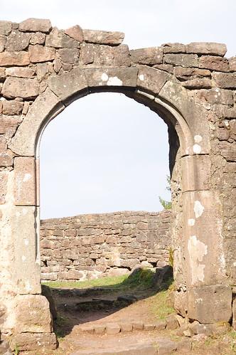 Birkenfels Castle arch