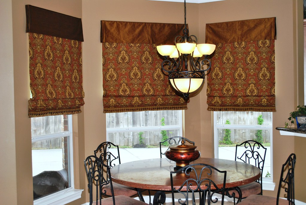 Breakfast Room After with Roman Shades