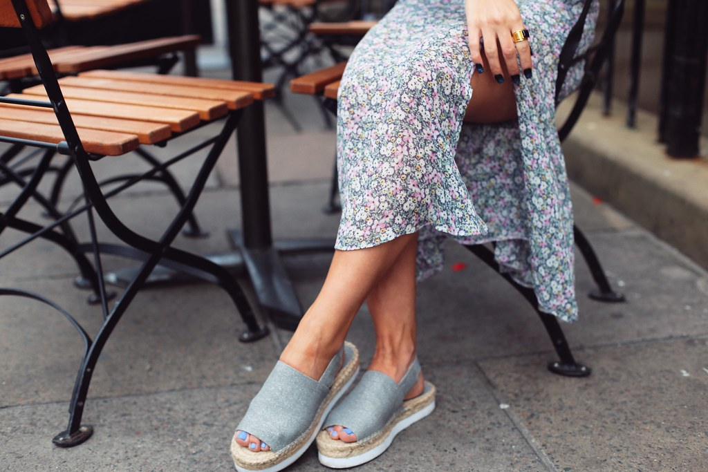 The Little Magpie Dune Shoes day to night Lookbook