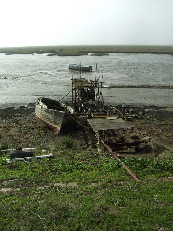Derelict jetty on Stoke Saltings