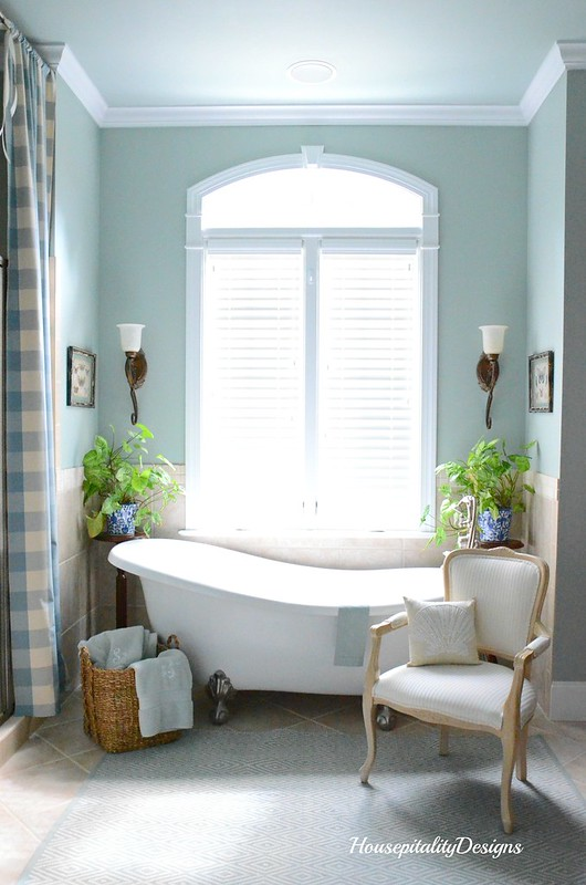 Master Bathroom-Claw Foot Tub-Housepitality Designs