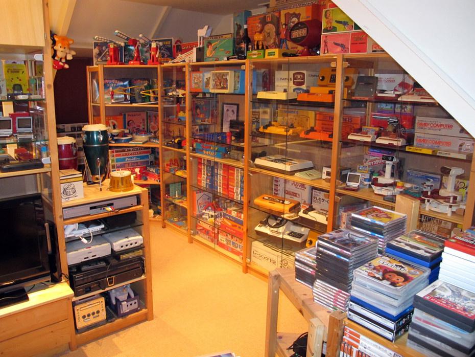 gaming room. Black Bedroom Furniture Sets. Home Design Ideas