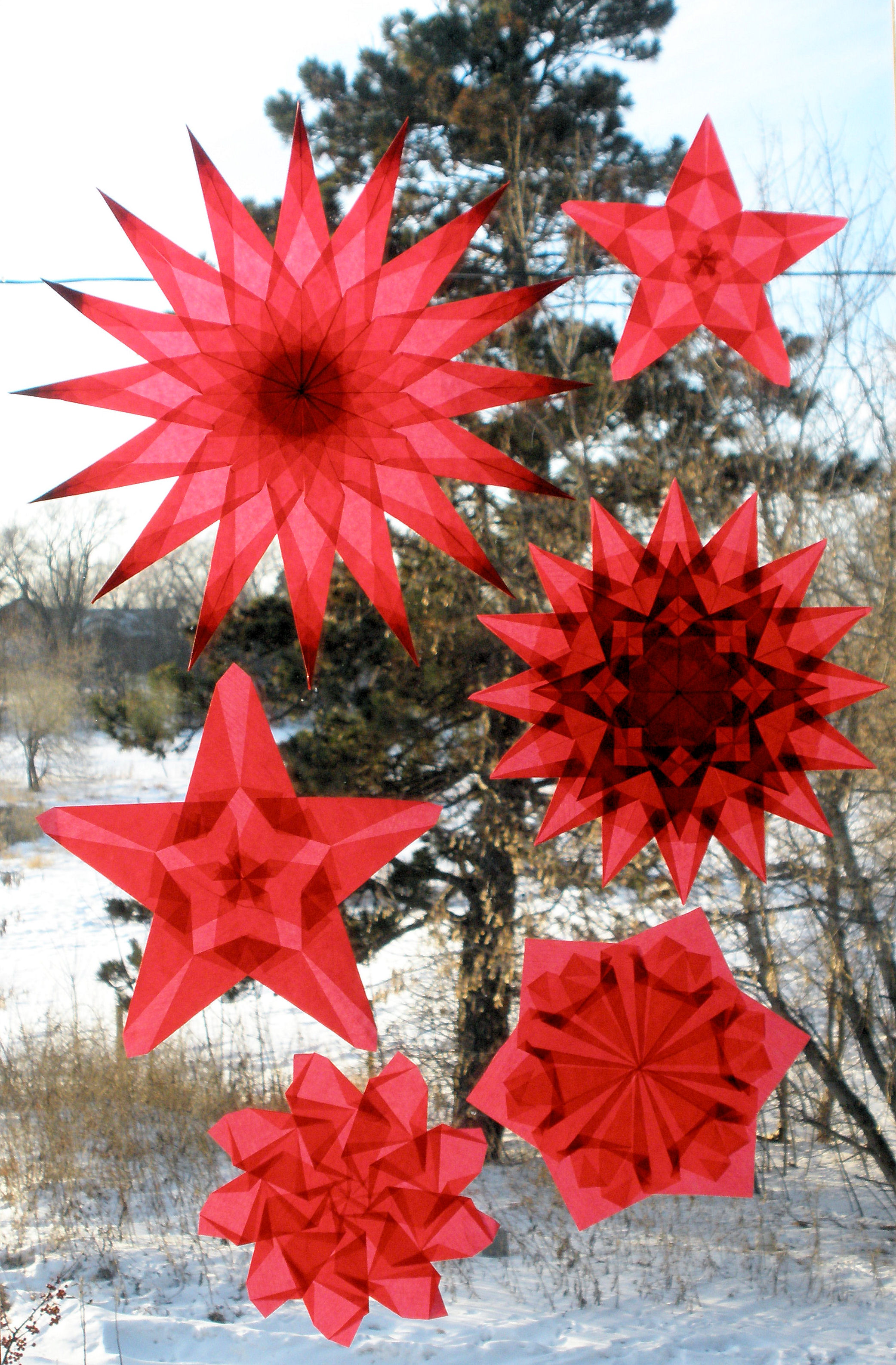 6 Red Window Stars