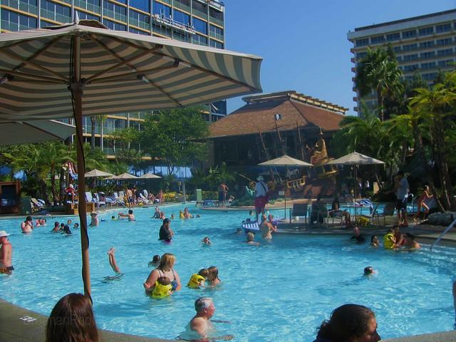 Disneyland Hotel Pool Flickr Photo Sharing