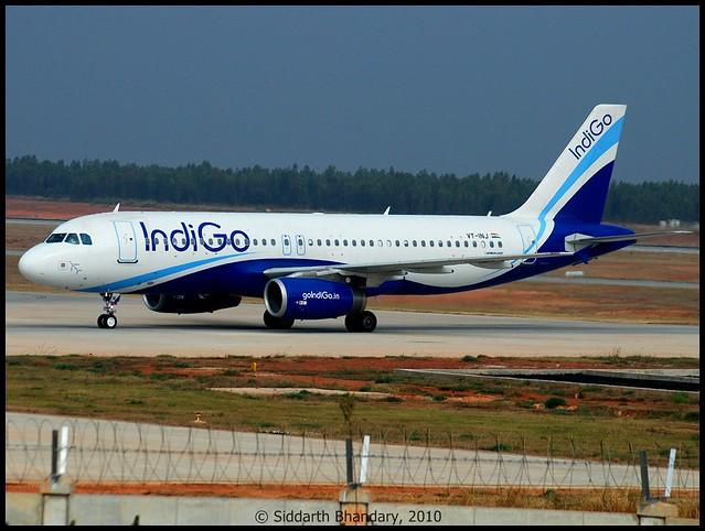 Indigo Airbus A320 taxing