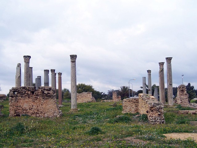 Carthage / Building with columns