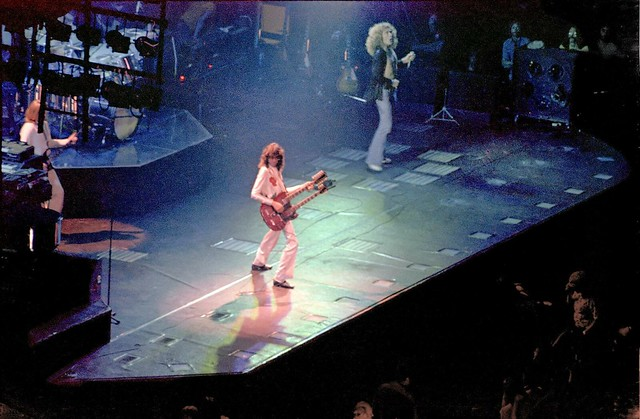 1977 Led Zeppelin Jimmy Page Robert Plant 1 70s Rock Concert Flickr Photo Sharing