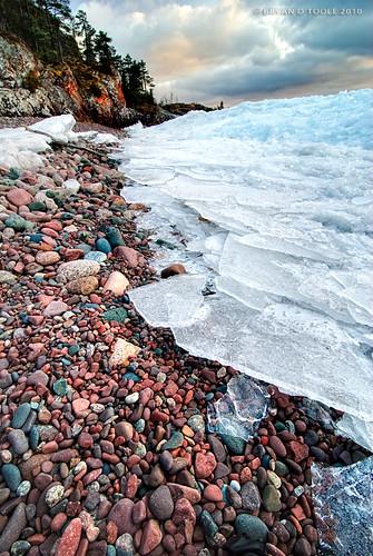 ontario canada ice rock landscape nikon scenic superior soo lakesuperior manfrotto saultstemarie northernontario photomatixpro groscap nikond80 princetownship exposurefusion nikkor1024mm