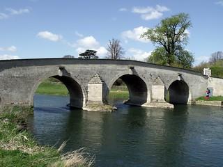 Milton Ferry Bridge (1716)