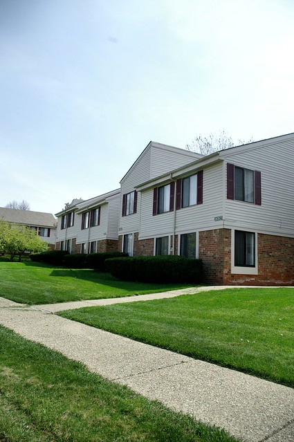 Plymouth Woods Apartments Glenview Il