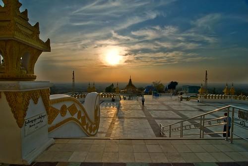 sunset colors standing emotion terrace buddha burma tati monywa annatatti bestcapturesaoi centralmyanmar bodetahtaungvillage
