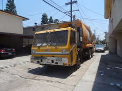 City of Whittier - CCC LET2 - McNeilus Standard Rear Loader