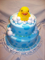 cake, fondant, baked goods, sugar paste, food, cake decorating, birthday cake, cuisine,