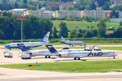 Hello MD-90-30; HB-JID@ZRH;04.08.2009/549cv