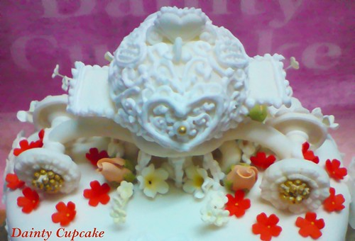 Carriage Roses / Butterfly Wedding (Hantaran) Cake