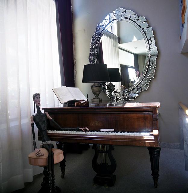 piano......