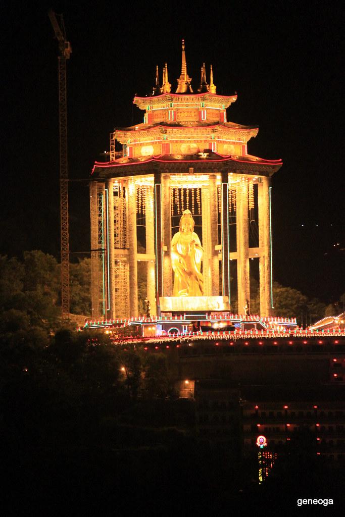 Kuan Yin Statue, Penang