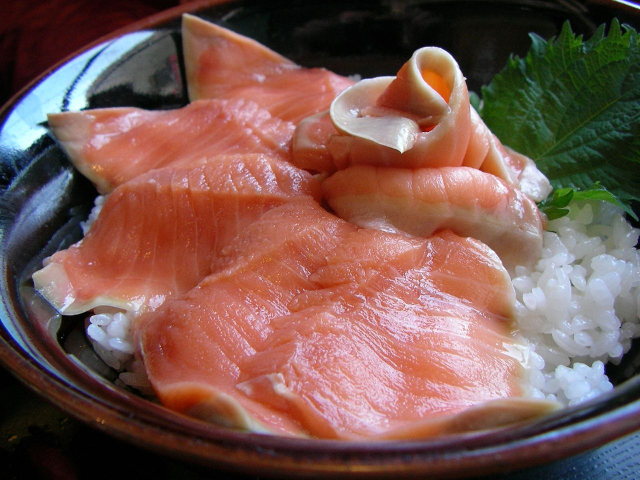 時鮭丼(shiretoko kitchen 熊湖, 斜里)
