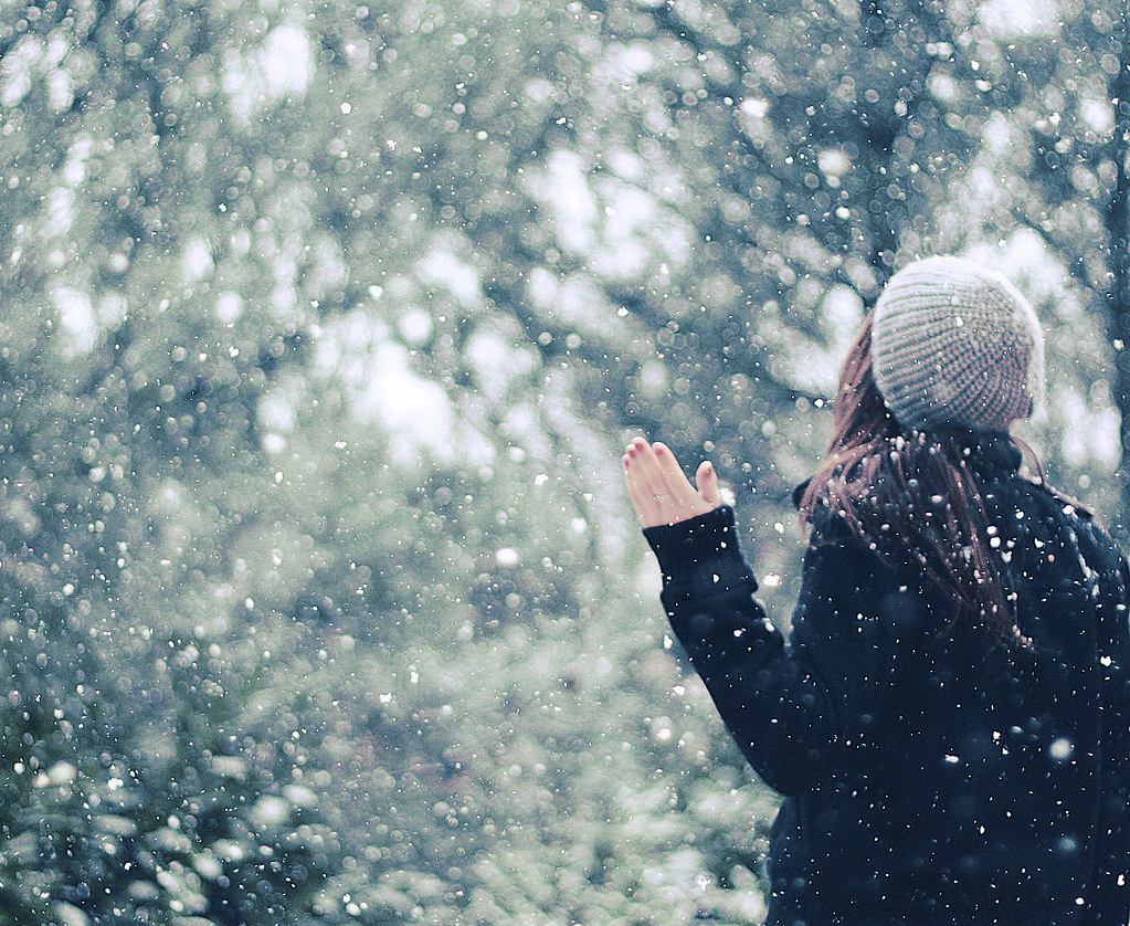 Image result for snow girl aesthetic