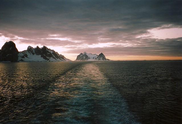 El canal de Lemaire, La Antártida