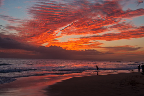 ocean travel light sunset red sea summer sky orange cloud west beach nature water beauty silhouette landscape island hawaii sand surf glow pacific dusk surfer side wave scene surfing shore kauai hawaiian tropical swell vacations tranquil cloudscape afterglow kekaha