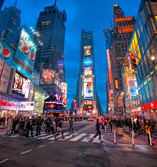 Times Square Vert
