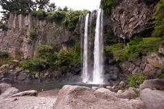 Jeongbang-Falls-7