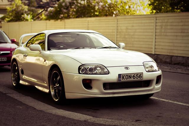 Supra (A80) - Toyota