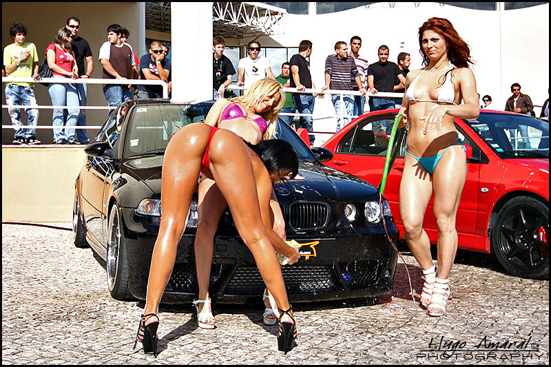 show ass Car girls