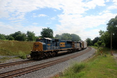 Q217-01 heads west with a pair of EMDs, Shenandoah Junction, WV