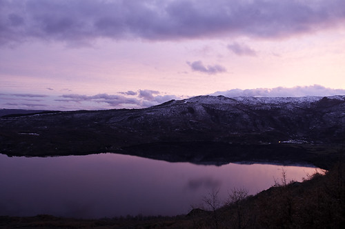 pink sunset music lake snow mountains reflection clouds u2 spain nikon bb notripod zamora 59 newyearsday puebladesanabria d300 castillayleón oö sanabria truecolors sanabrialakenaturalpark