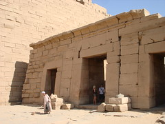 egyptian temple, ancient history, wall, historic site, architecture, ruins, monument, brick, brickwork, archaeological site,