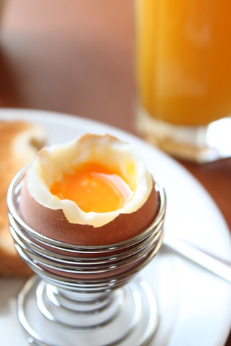 Soft boiled egg by radiomofosounds