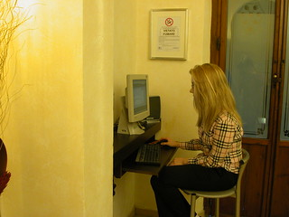 Public PC with Free Internet