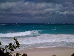 Rough waters, Cabbage Beach, Paradise island