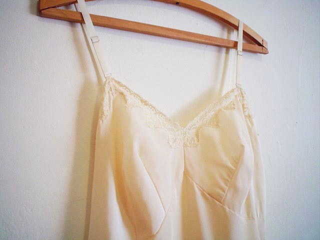 vintage Ecru 1960s Full Slip with Lace Trim 60s | Flickr ...