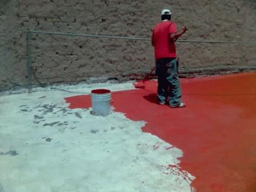 Recuplast en el techo - Pintura para techos con humedad ...