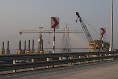 Rajiv Ghandi Sea Link and crane - Mumbai