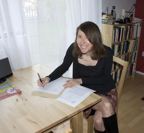 Jennifer Rohn signing contract