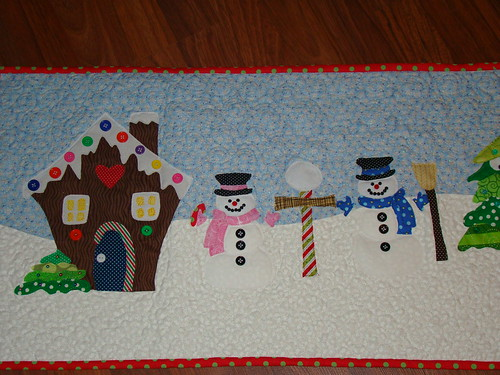 Applique Christmas table runner