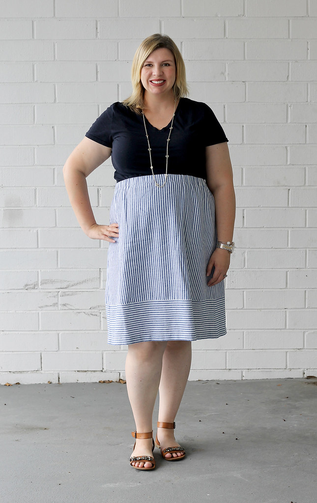 seersucker midi skirt and navy tee 3
