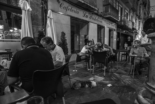 Cafe culture......, Nikon D610, AF Nikkor 20mm f/2.8D