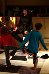 rachel teaches yoga in our living room    MG 3145