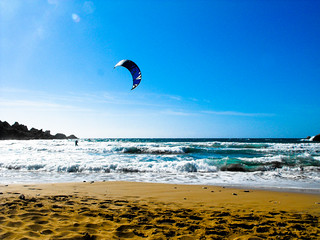 Imagen de Għajn Tuffieħa. beach bay malta surfing tours tuffieha ghajn