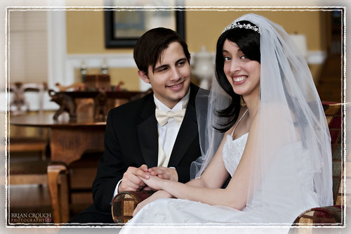 Wedding Couple w Digital Frame